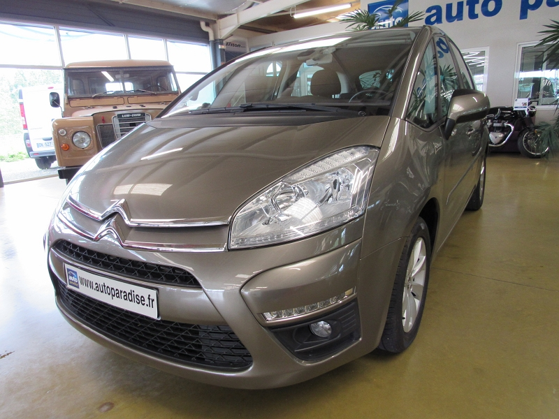 Véhicule d'occasion CITROEN C4 PICASSO 1.6 HDI 112 CONFORT