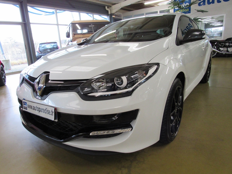 Véhicule d'occasion RENAULT MEGANE COUPE RS 2.0 265