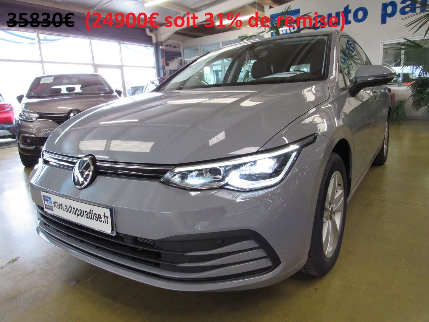 Véhicule d'occasion VOLKSWAGEN GOLF 8  1.5 TSI 150 LIFE + 5410 EUROS D'OPTIONS NEUVE -25%